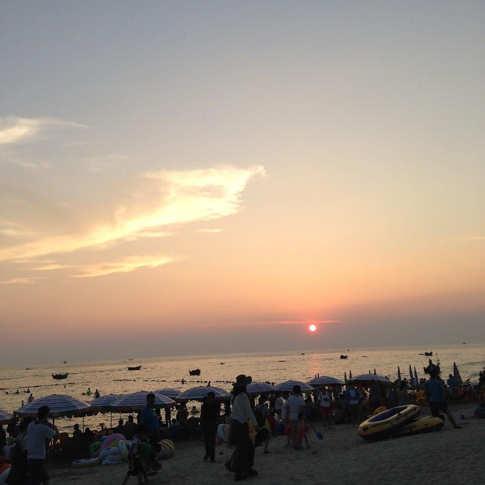 海边看日落图